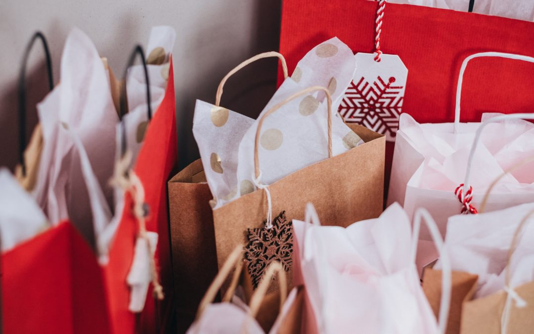 'Tis the Season to Shop Local